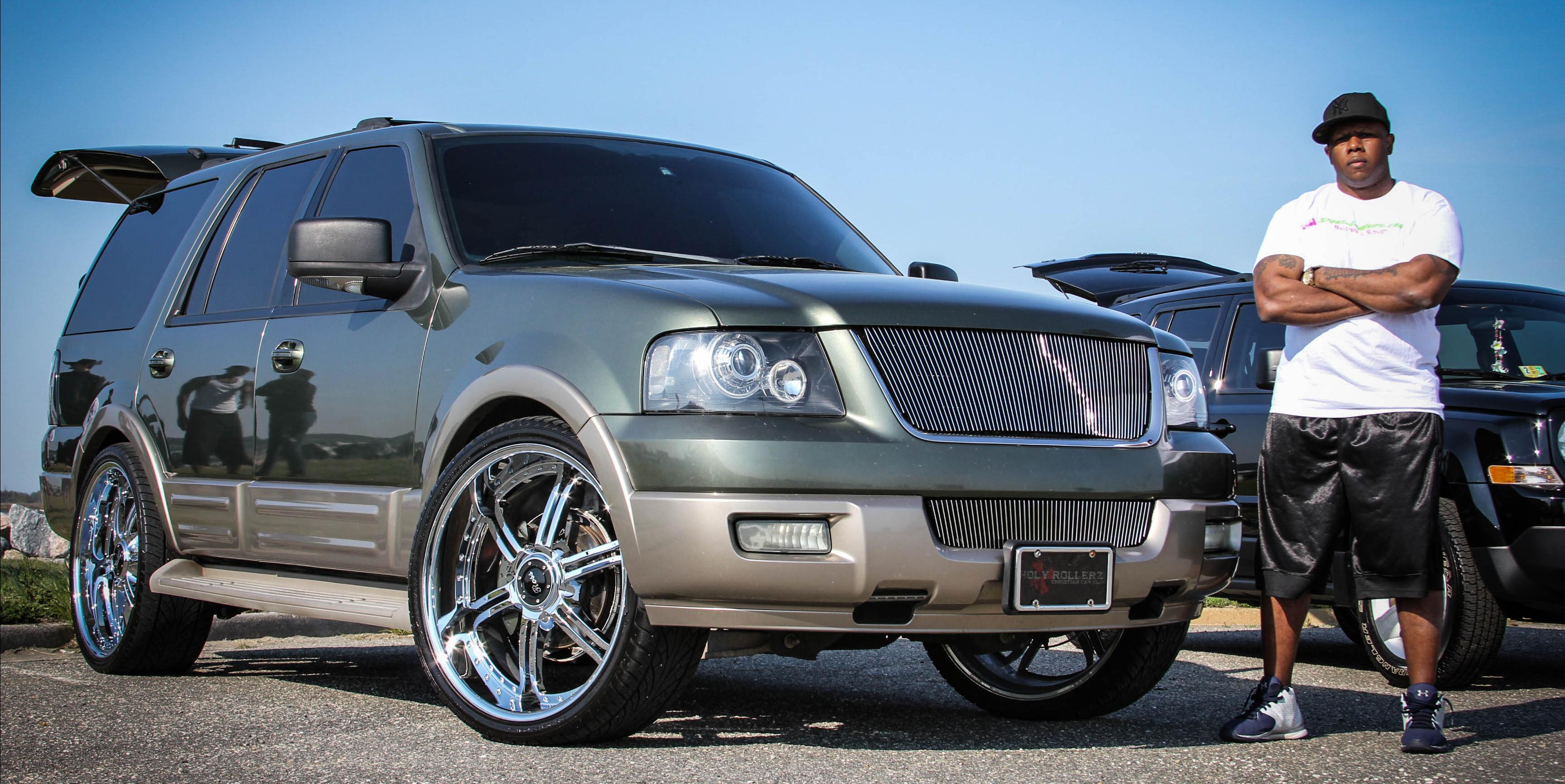2004 expedition custom rims pictures autos weblog for 2004 ford expedition interior parts