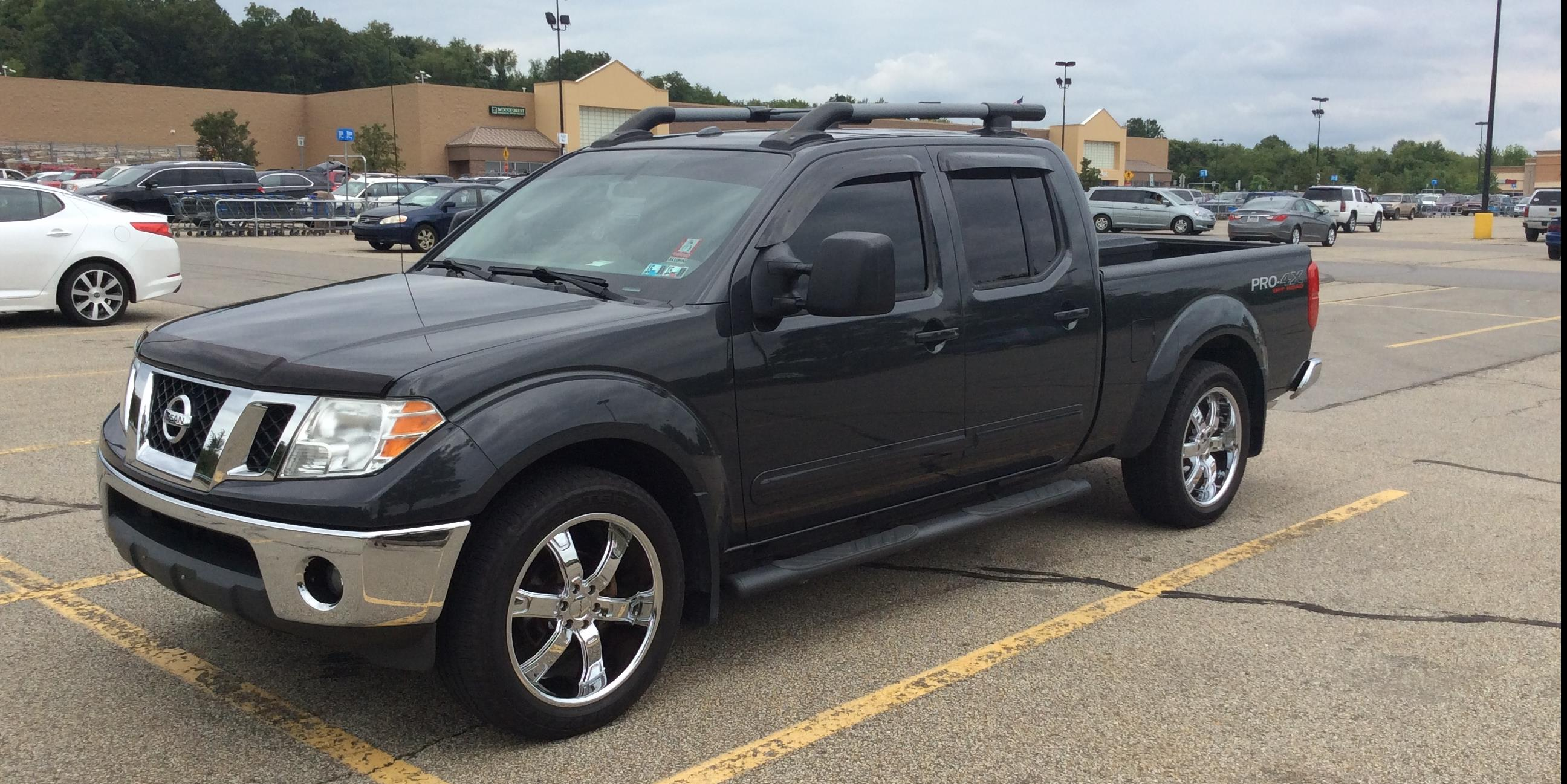 Tundraman10 2011 Nissan Frontier Crew Cab