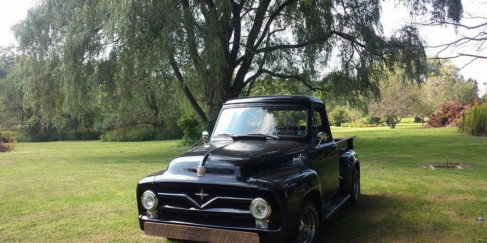 LOSTinGlory 1955 Ford F-1