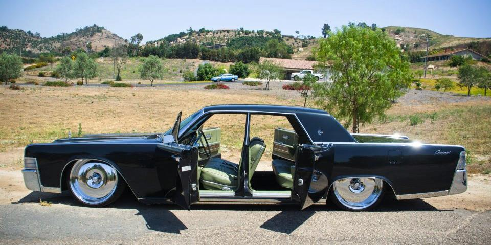 19suicide65 1965 Lincoln Continental