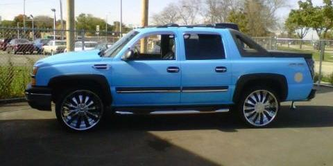 TheRealAdidasBoy 2004 Chevrolet Avalanche-1500