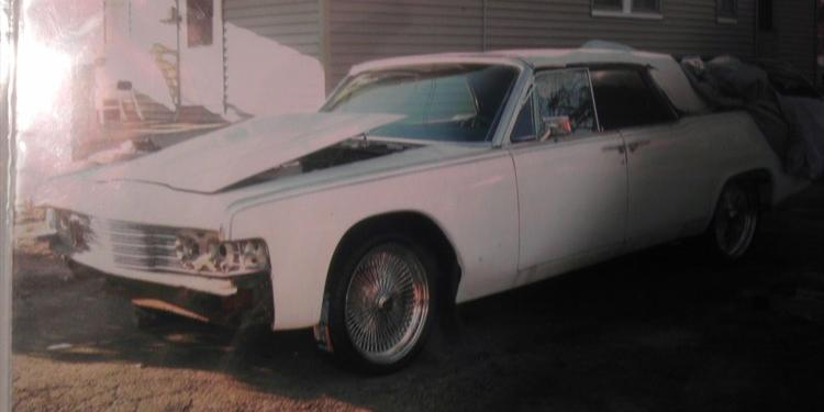 65GucciLincoln 1965 Lincoln Continental