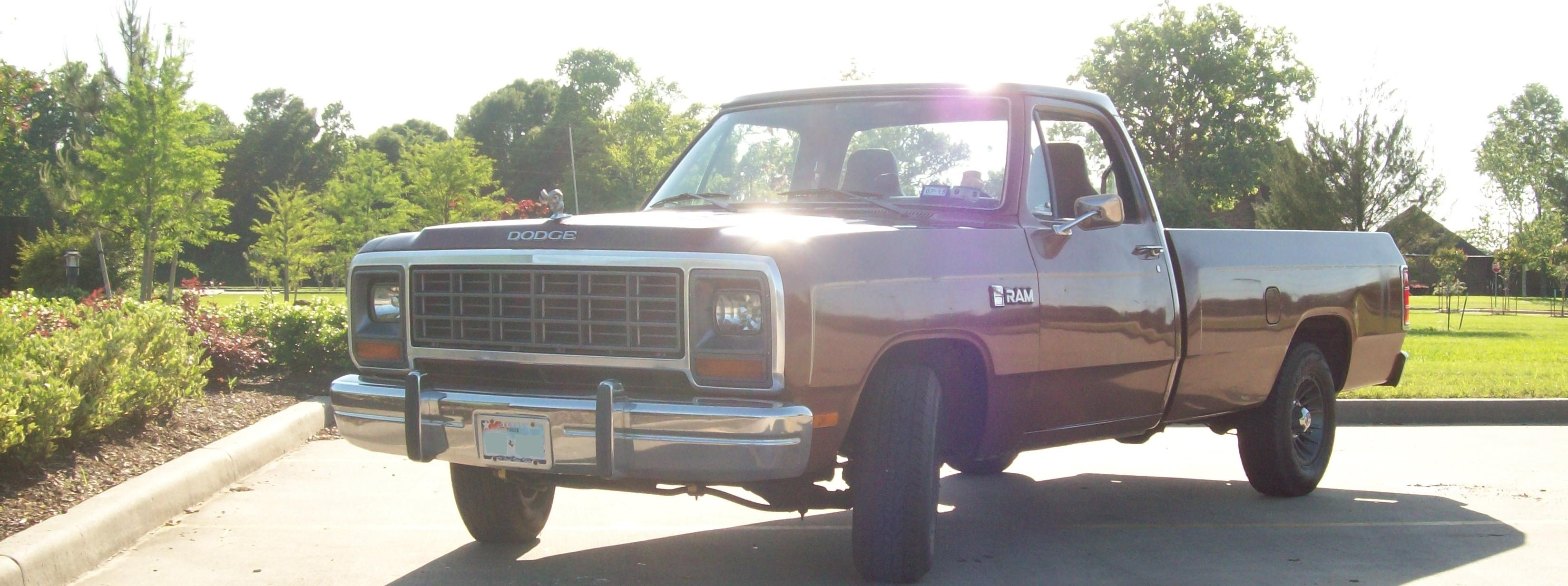 1984 Dodge D150 Regular Cab