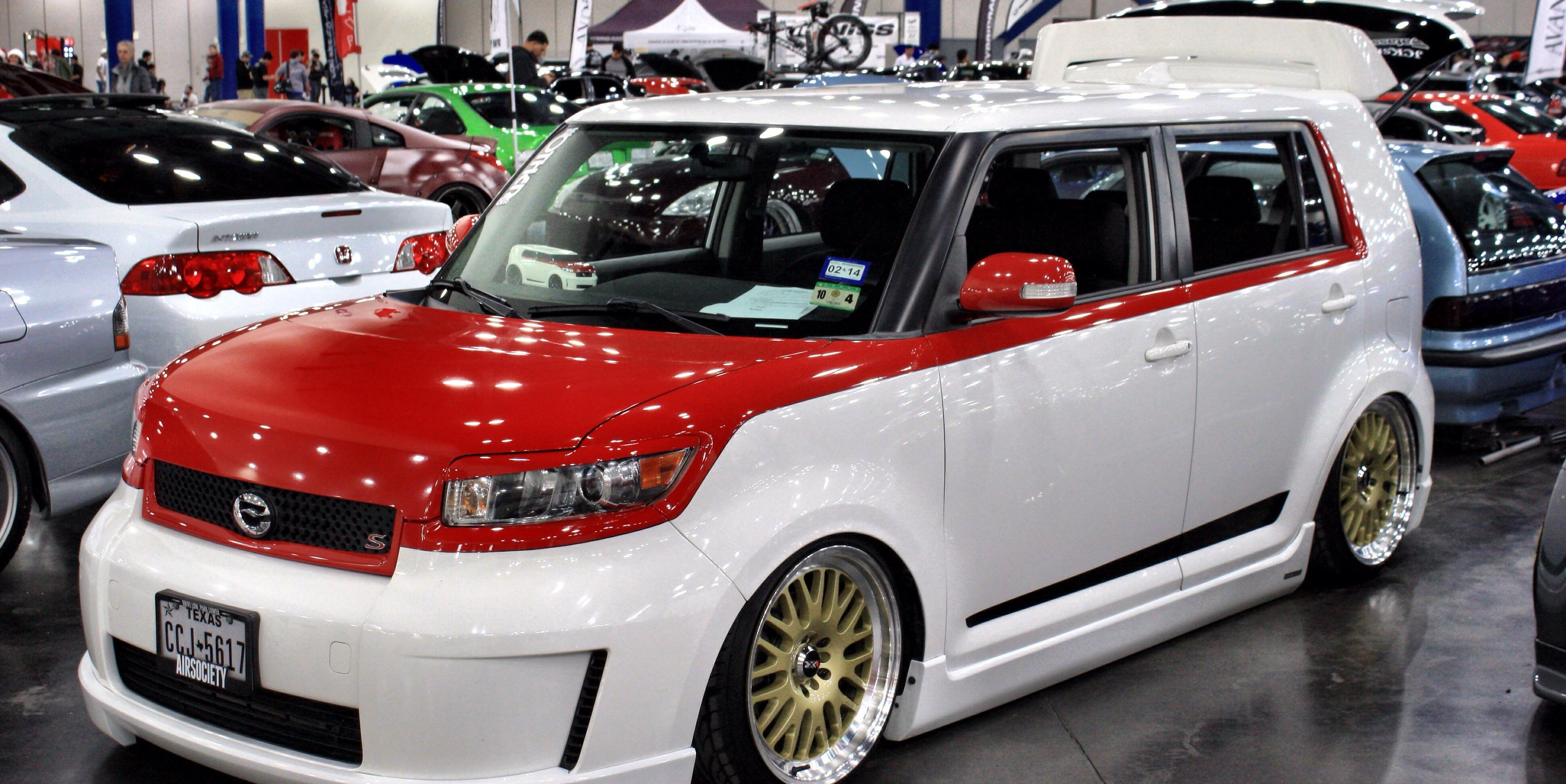 scion xb view all scion xb at cardomain. Black Bedroom Furniture Sets. Home Design Ideas