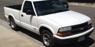 2000 Chevrolet S10-Regular-Cab