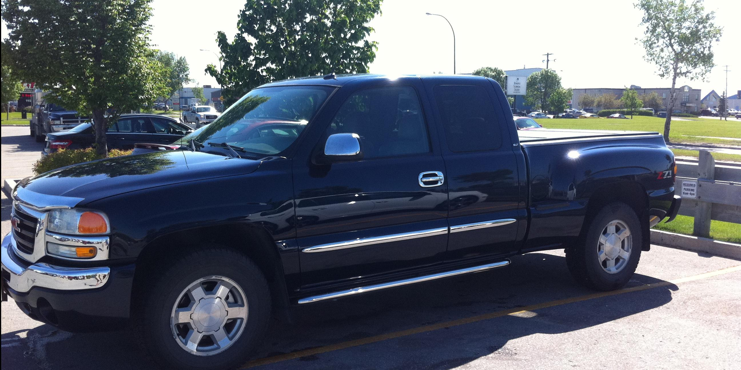 MattGMONLY 2005 GMC Sierra-(Classic)-1500-Extended-Cab