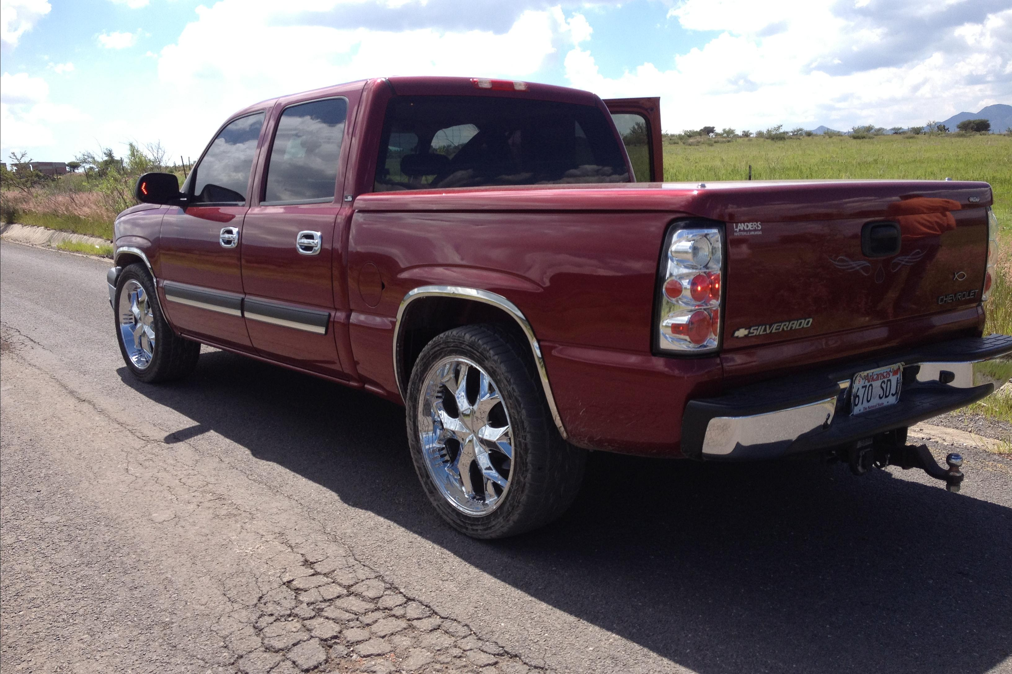 trucks4ever 2004 Chevrolet Silverado-1500-Crew-Cab
