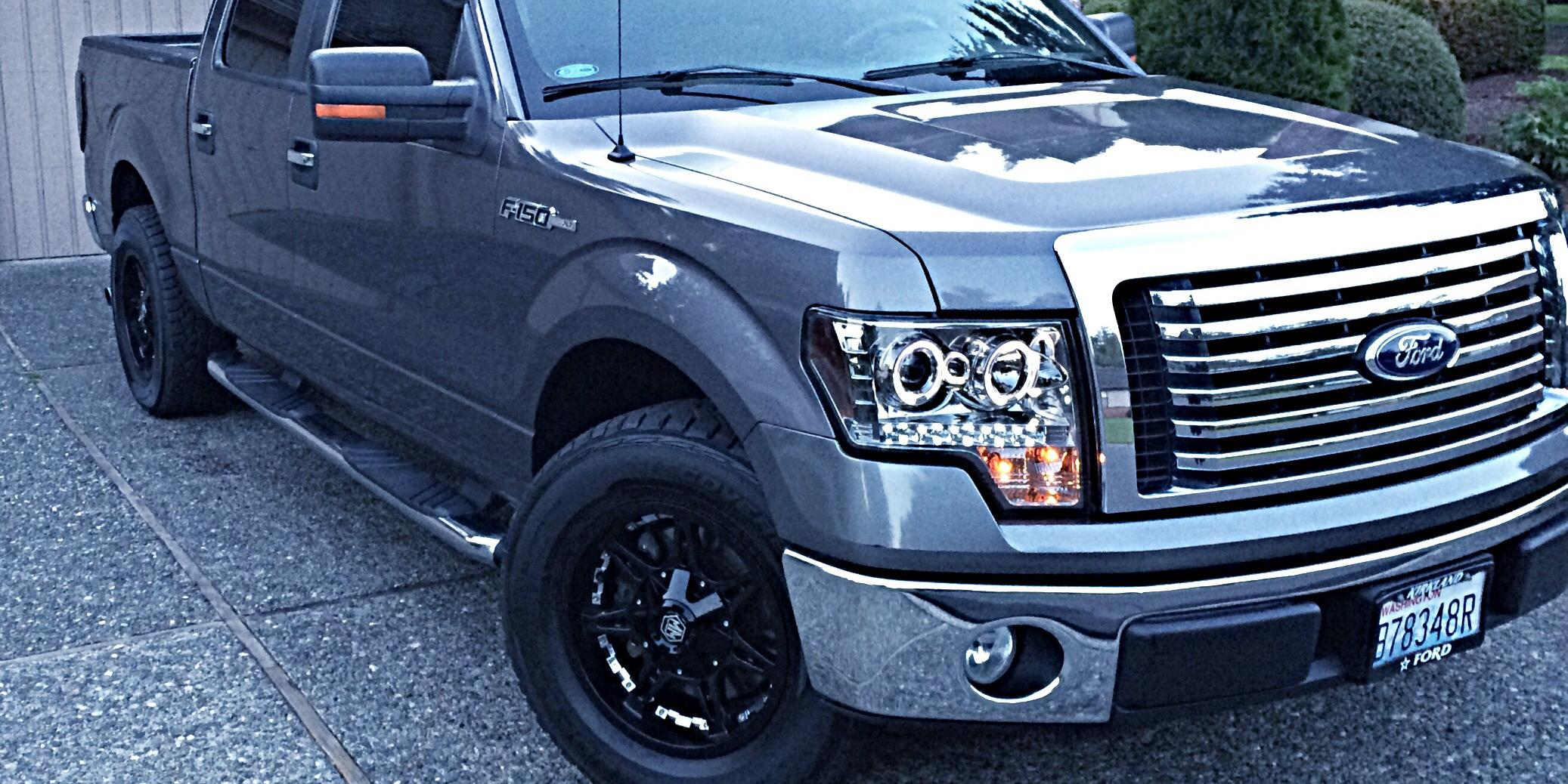 2010 Ford F150-SuperCrew-Cab