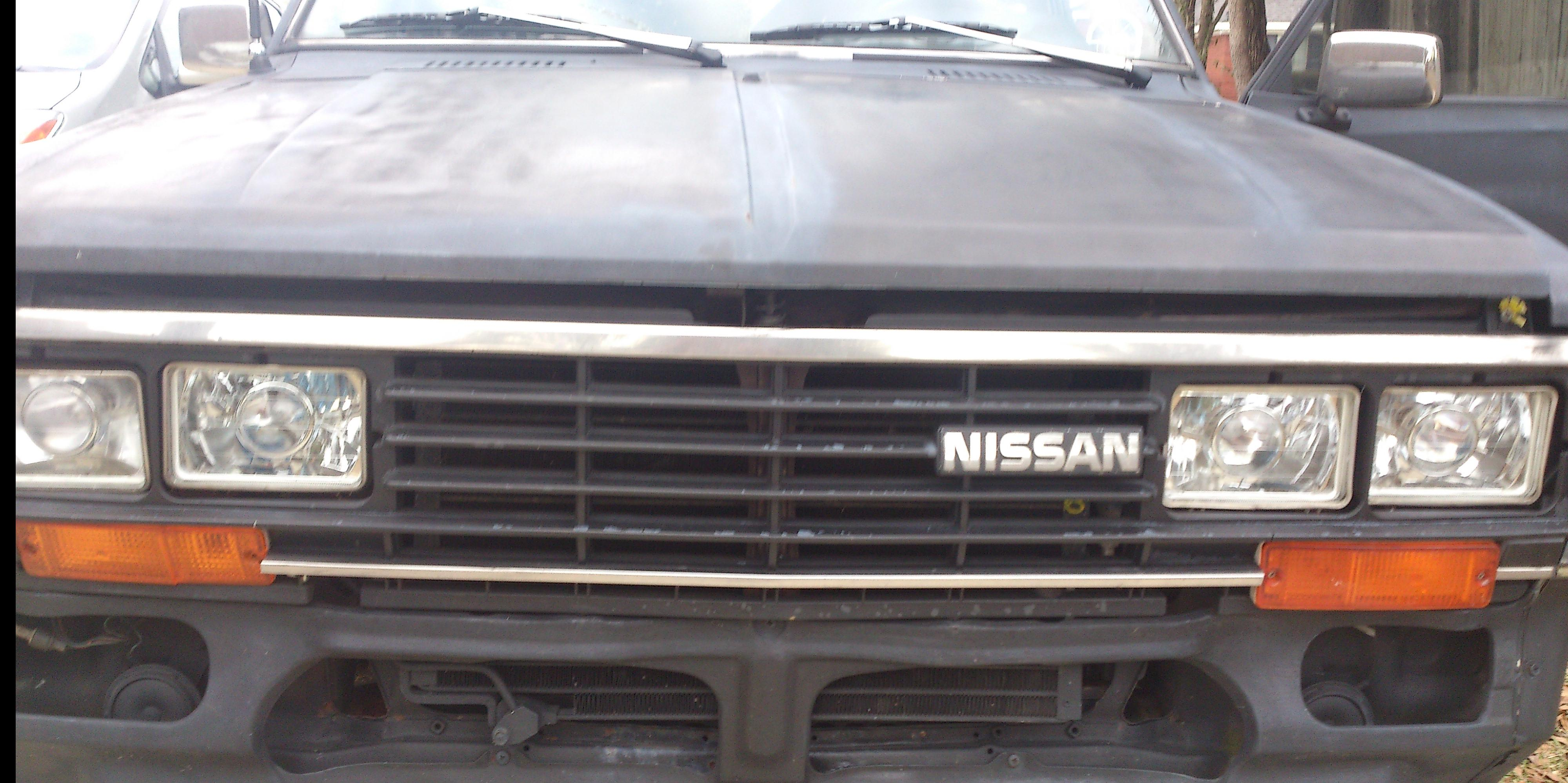 emphias 1985 Nissan 720-Pick-Up