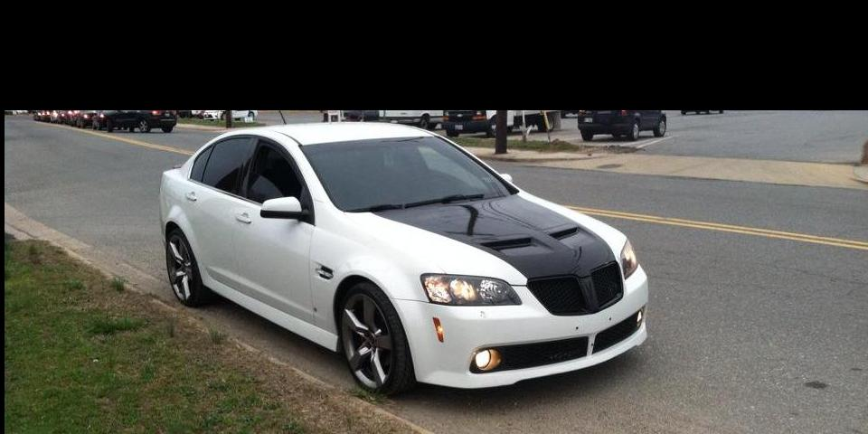 Pontiac G8 Pictures Posters News And Videos On Your