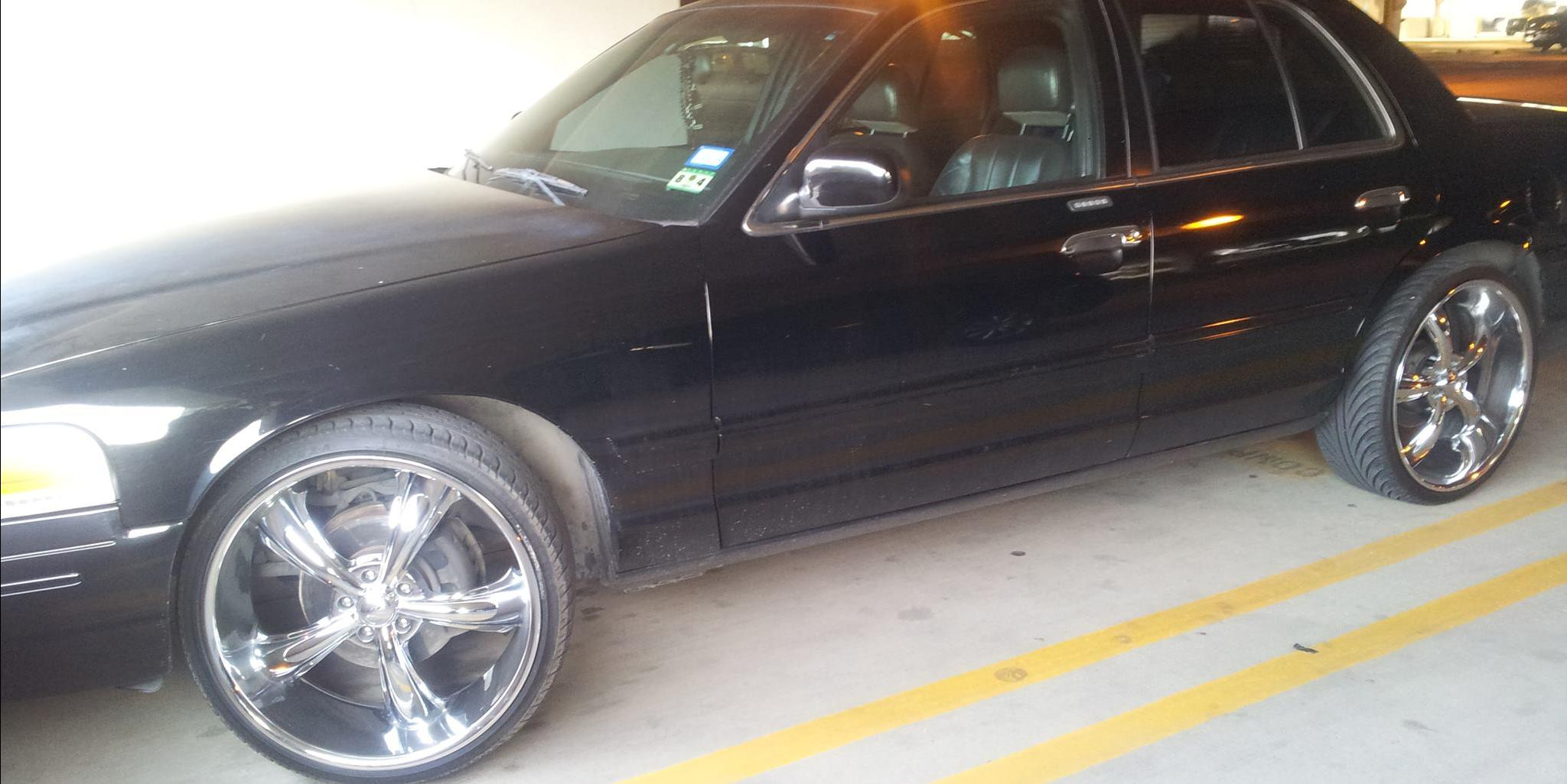 2trill carclub 2003 ford crown victoria