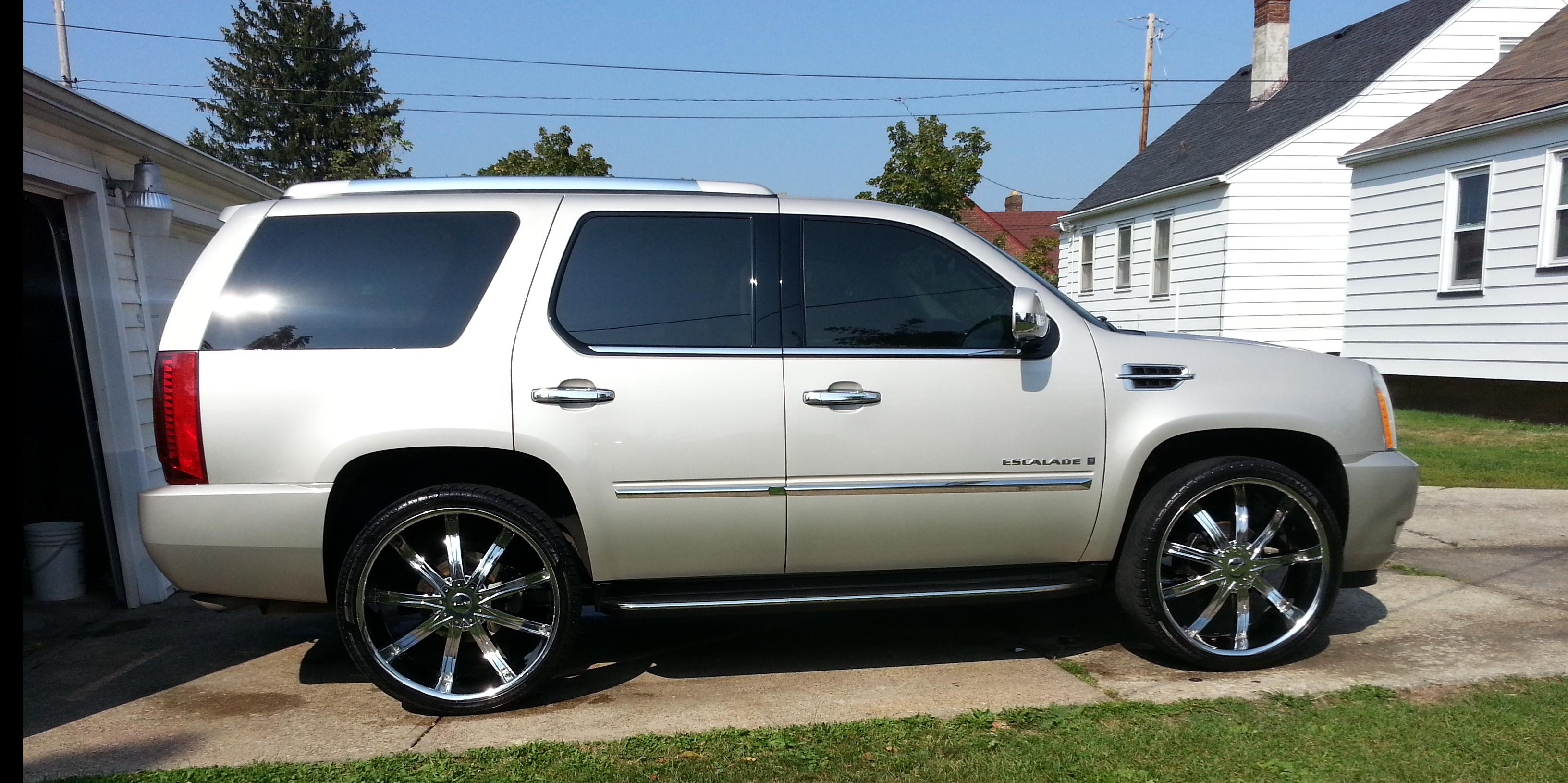 djfitted 2007 cadillac escalade specs photos modification info at cardomain. Black Bedroom Furniture Sets. Home Design Ideas