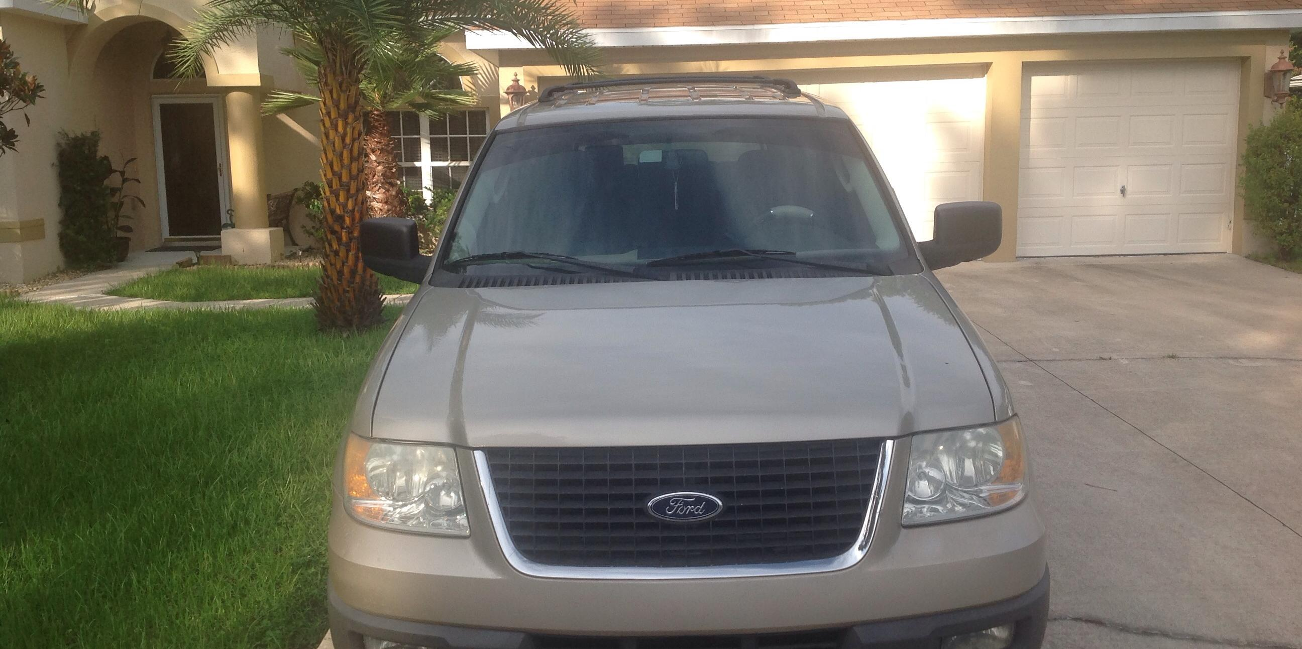 twakefield 2004 Ford Expedition
