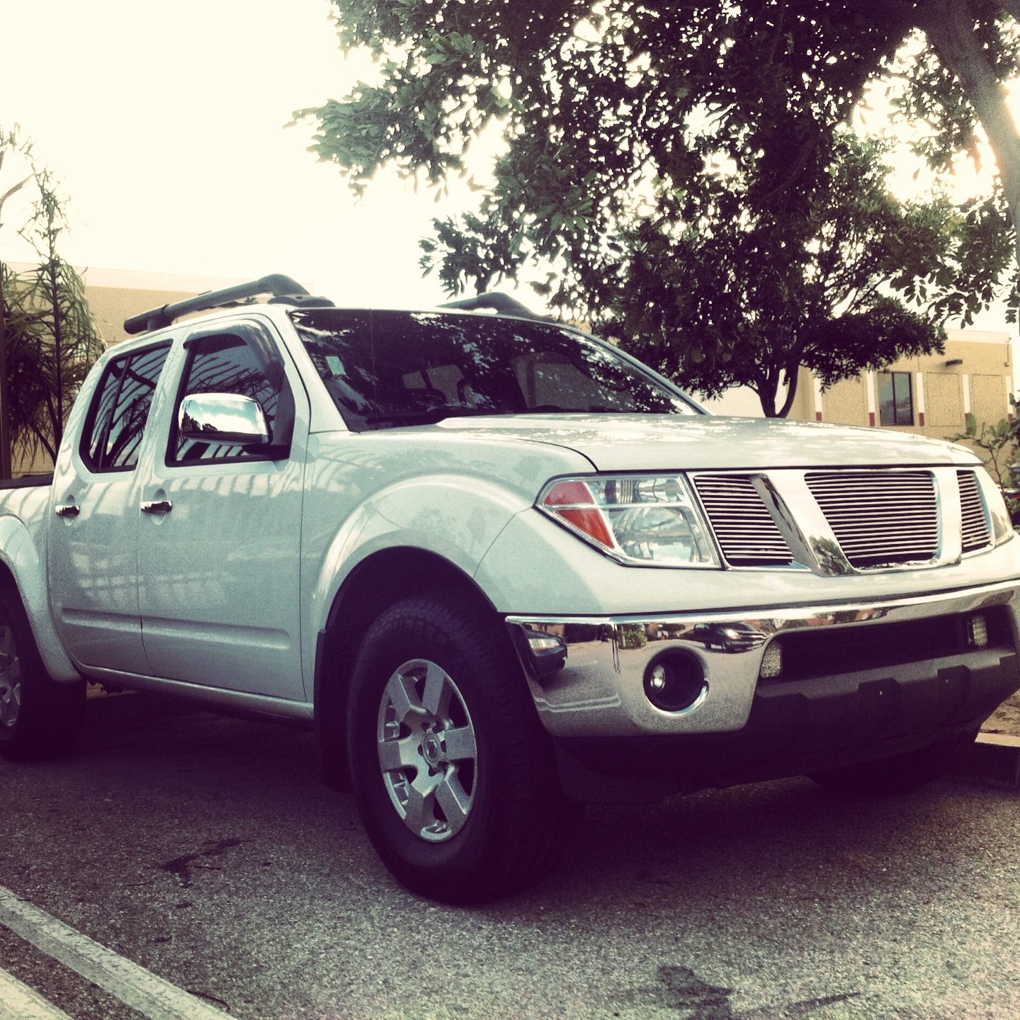 2001 Nissan Frontier King Cab Camshaft: 2007 Nissan Frontier Crew Cab
