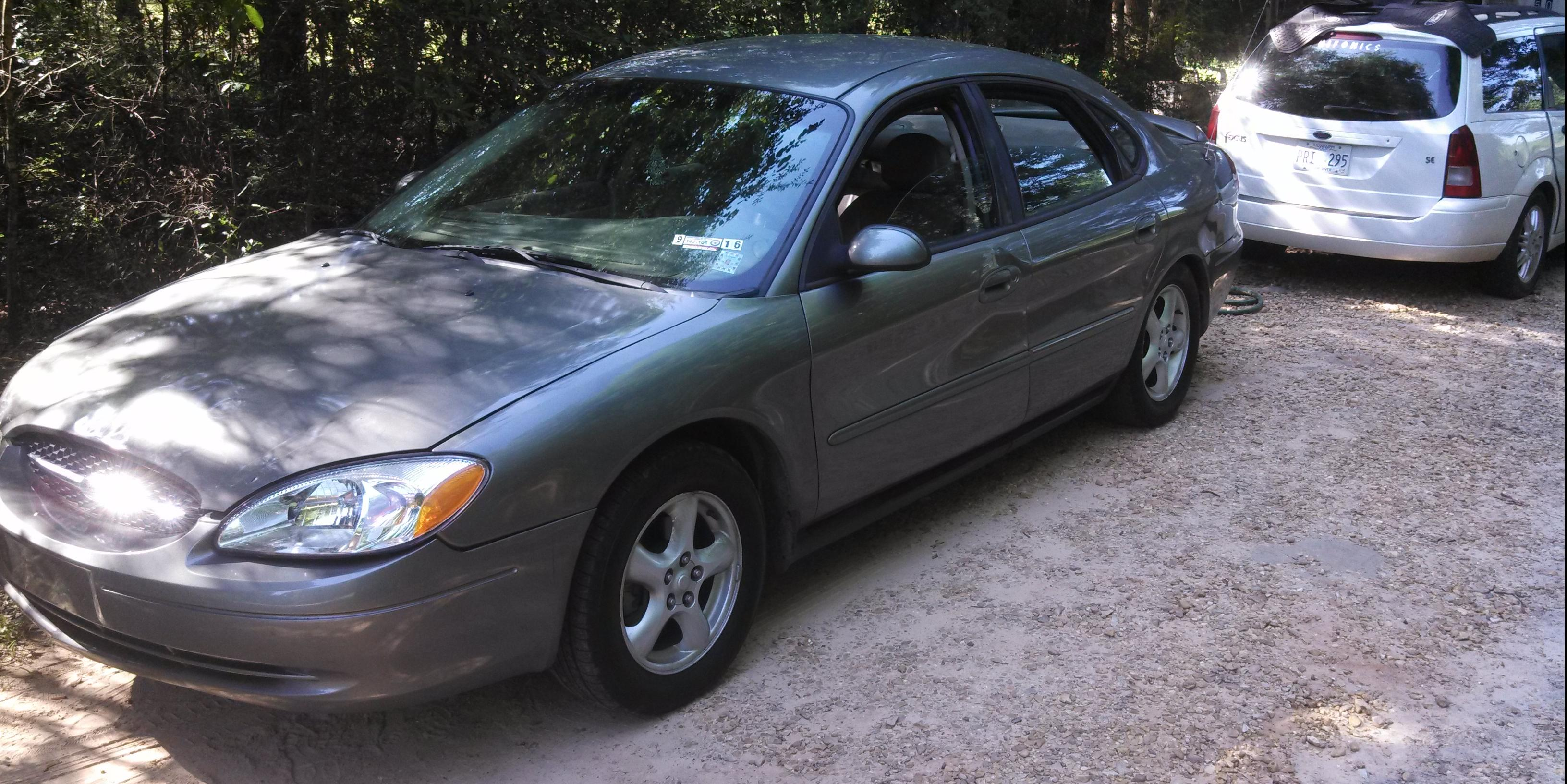 Chris Jarrett 2003 Ford Taurus