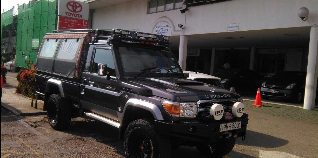 Manojith007's 2013 Toyota Land-Cruiser