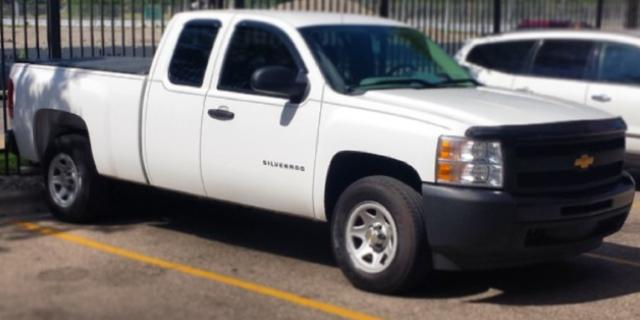 xsnkrhedx 2011 Chevrolet 1500-Extended-Cab