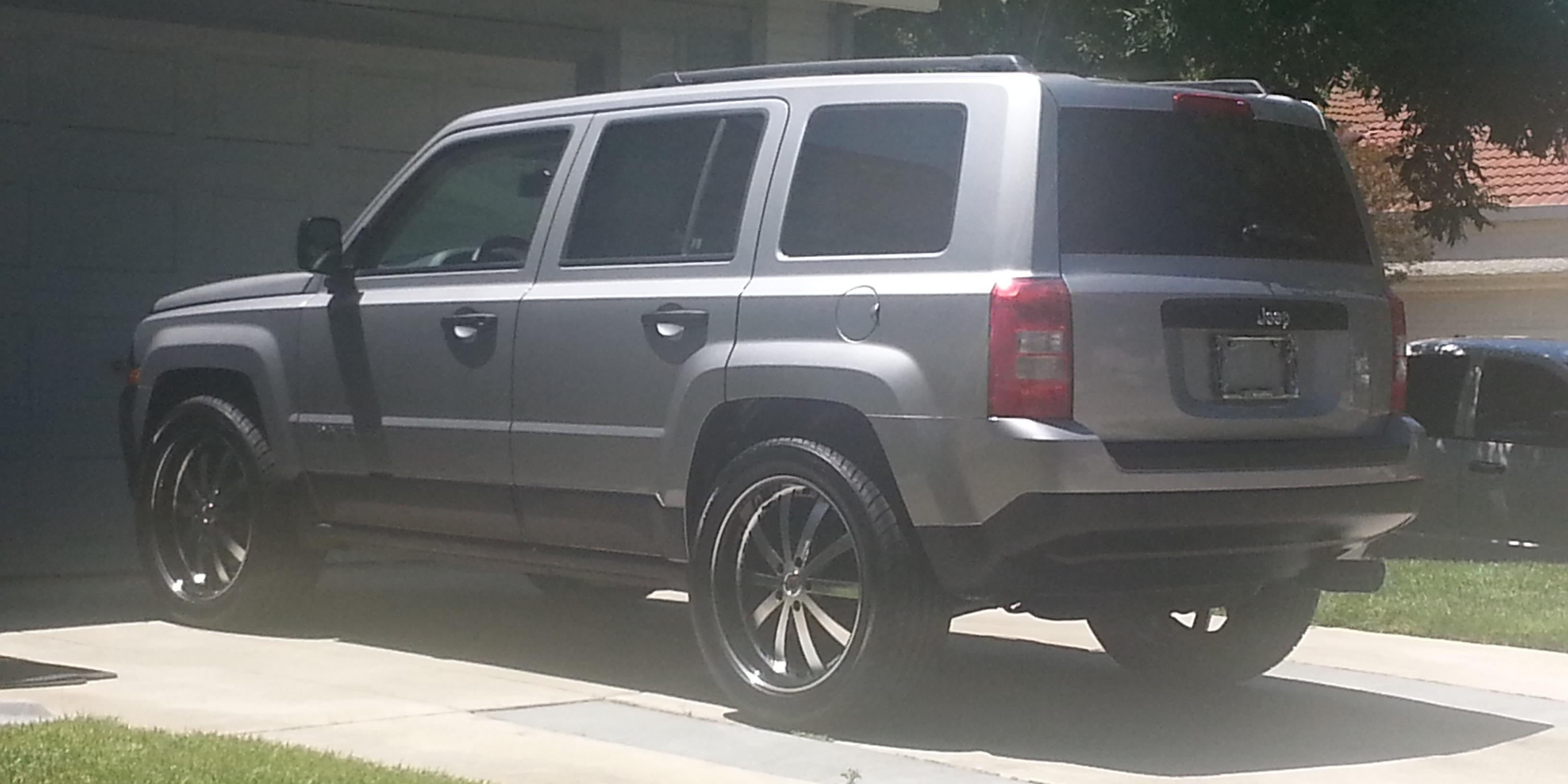 2014 jeep patriot view all 2014 jeep patriot at cardomain. Black Bedroom Furniture Sets. Home Design Ideas