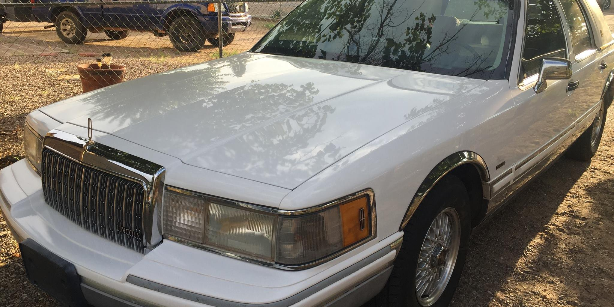 77BabeSled 1994 Lincoln Town Car