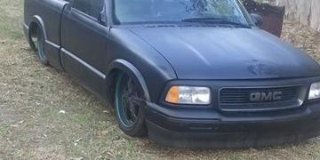 bagged18s 1995 Chevrolet S10-Regular-Cab