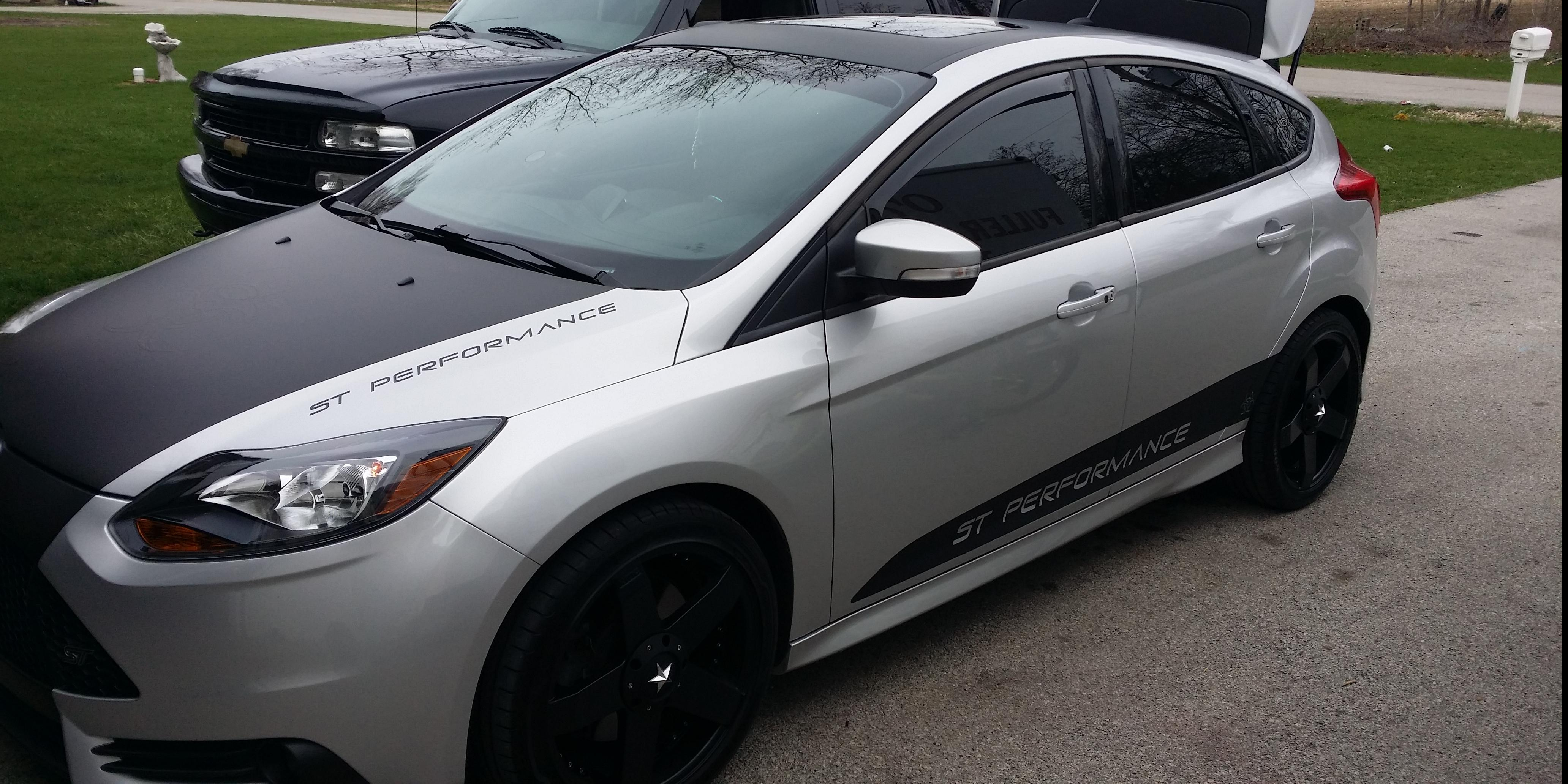 Joe Schoonover's 2013 Ford Focus-ST