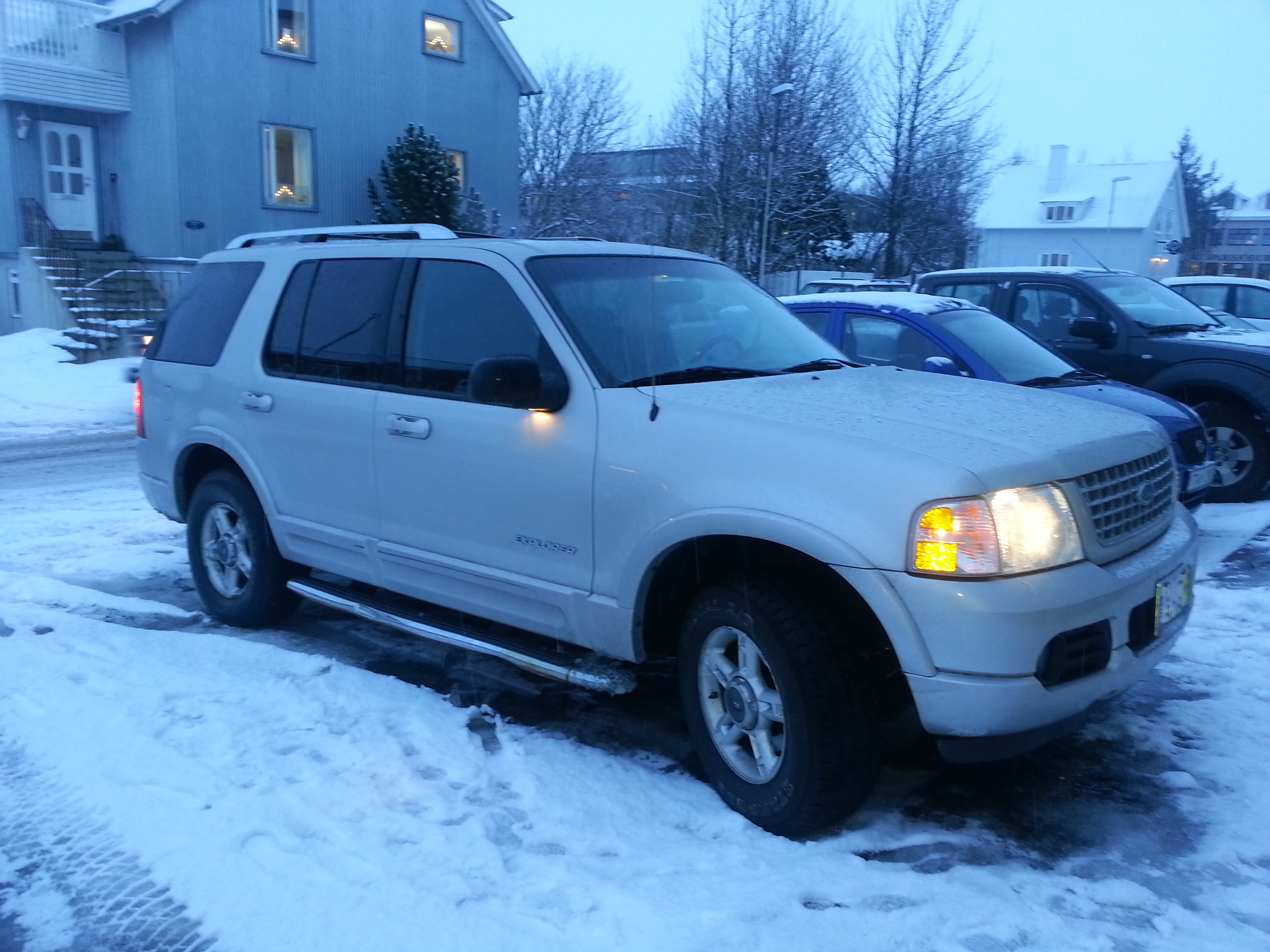 Mannfred 2003 Ford Explorer