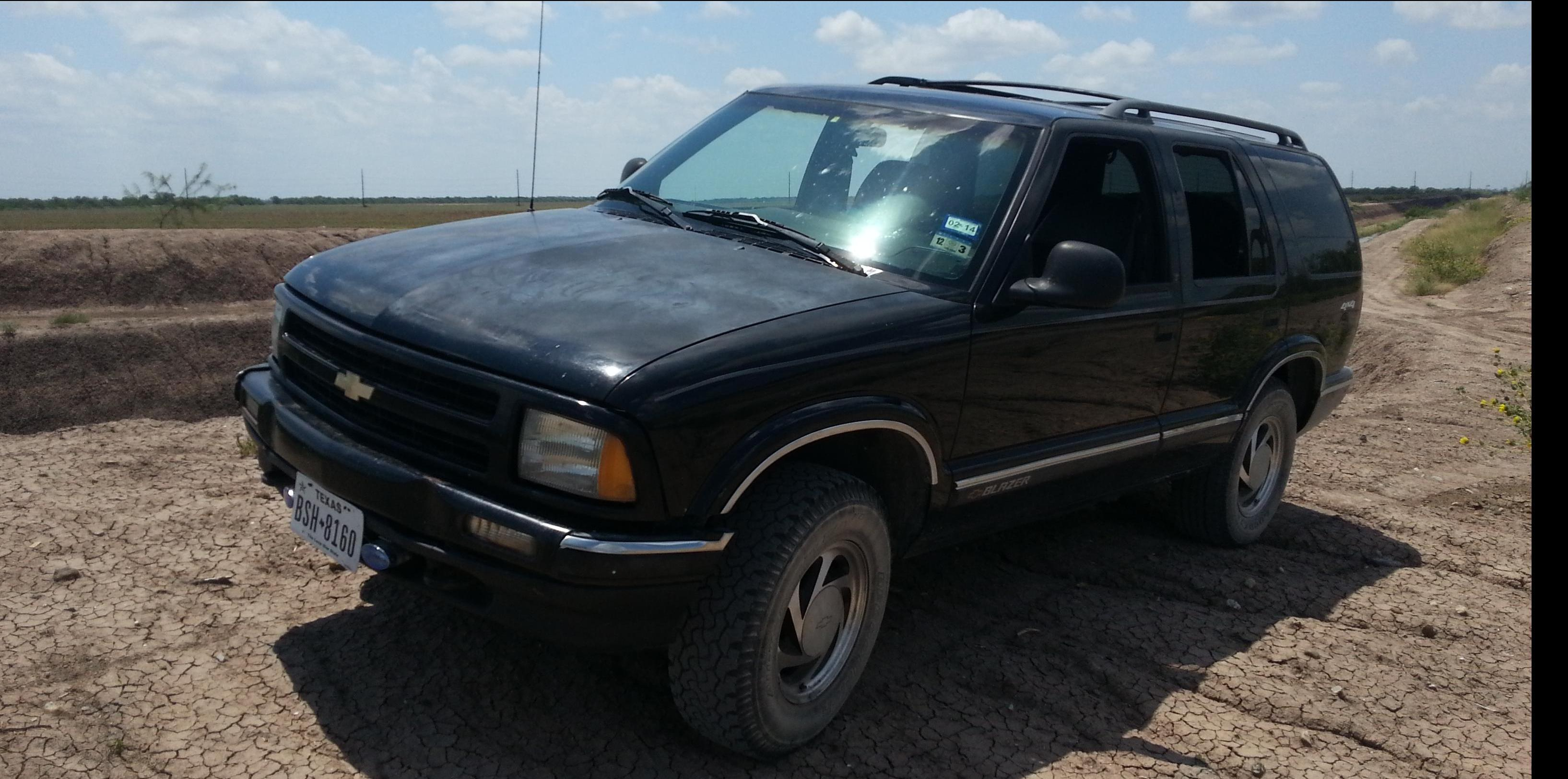 BlackAbyss97 1997 Chevrolet Blazer