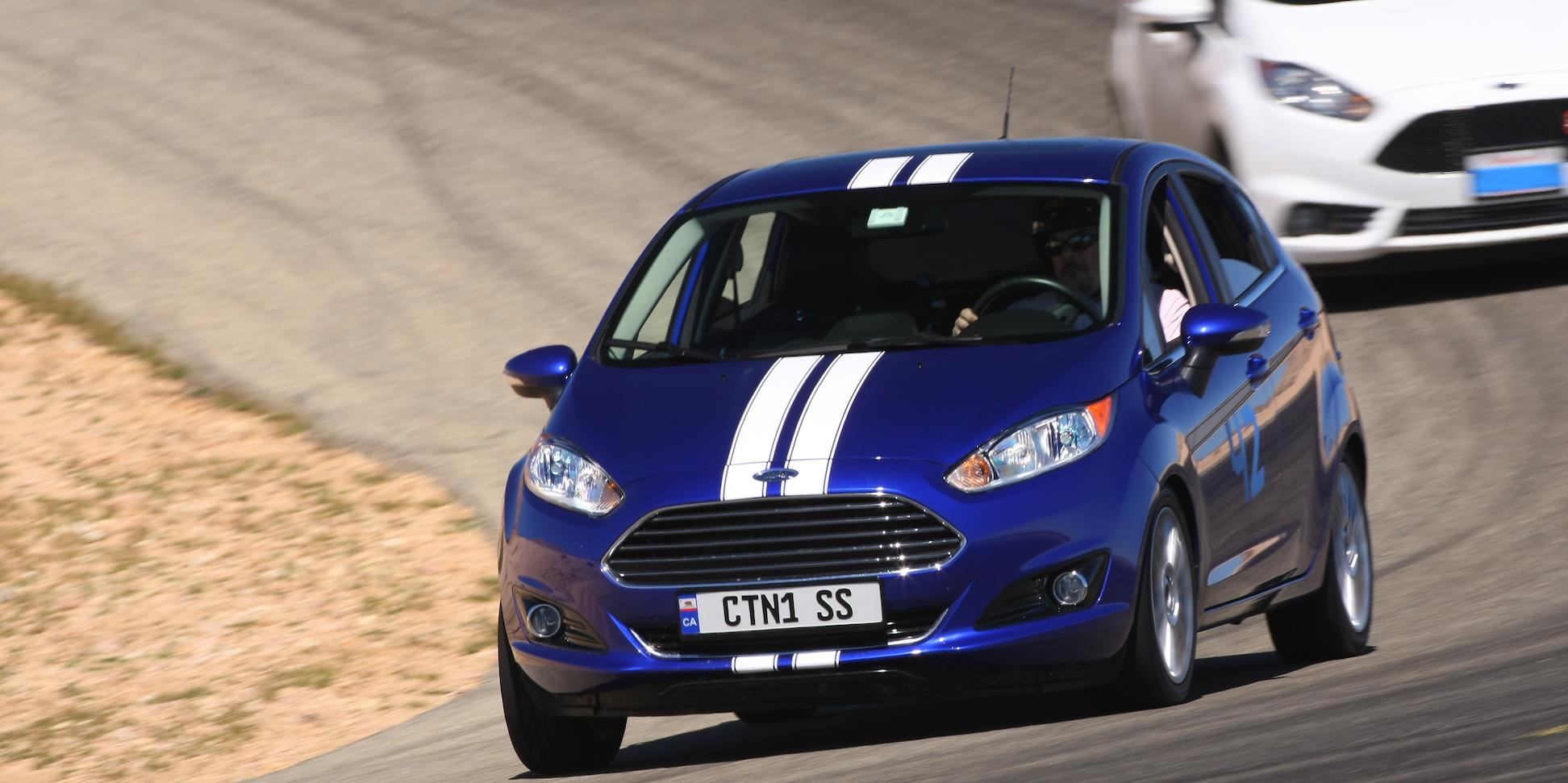 submariner 2014 Ford Fiesta