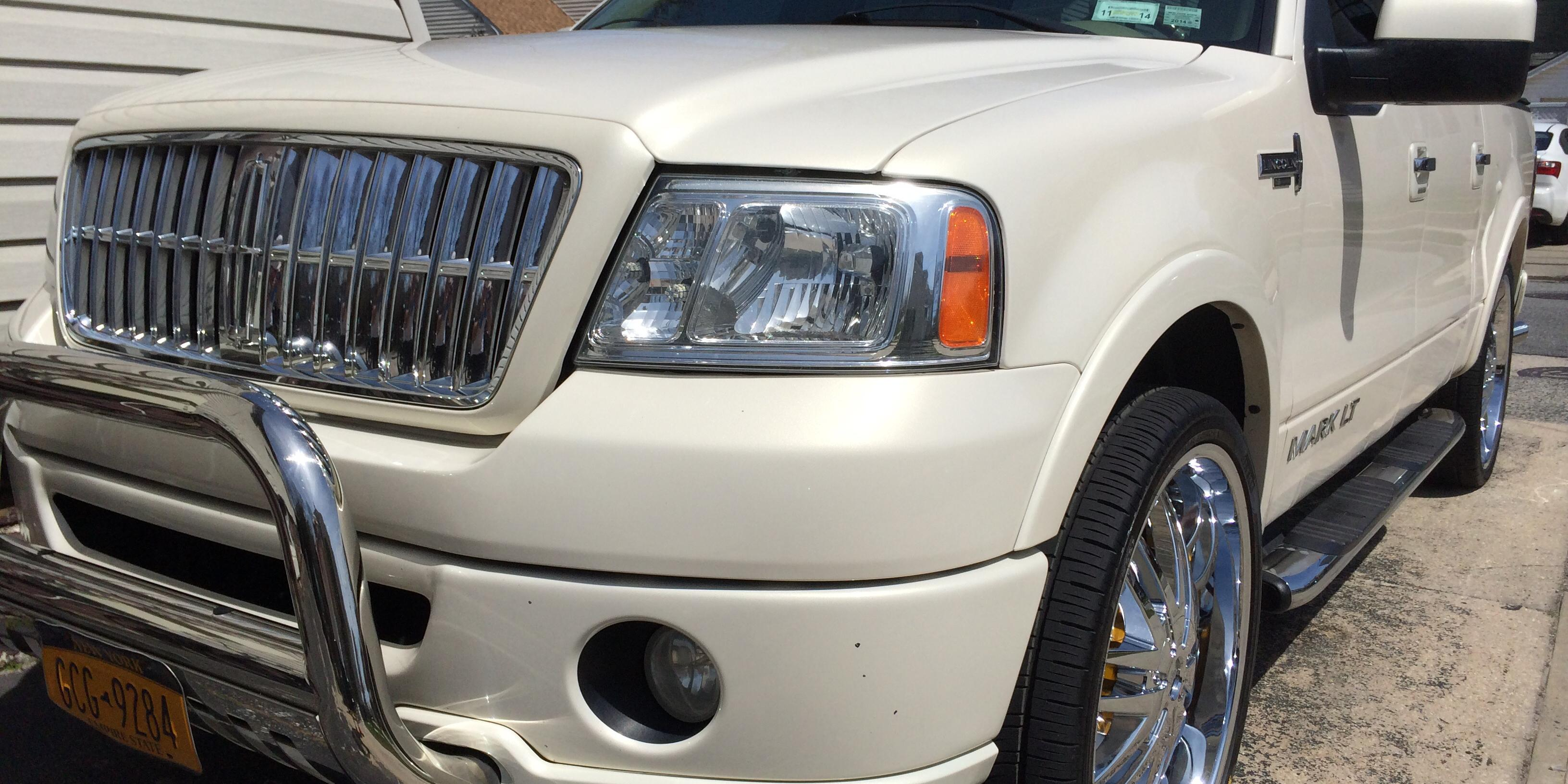 Dre Monteleone 2007 Lincoln Mark-LT