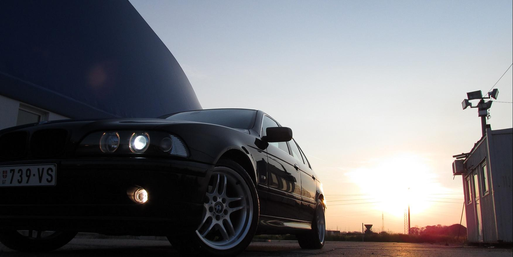 backovicm's 2001 BMW 5-Series