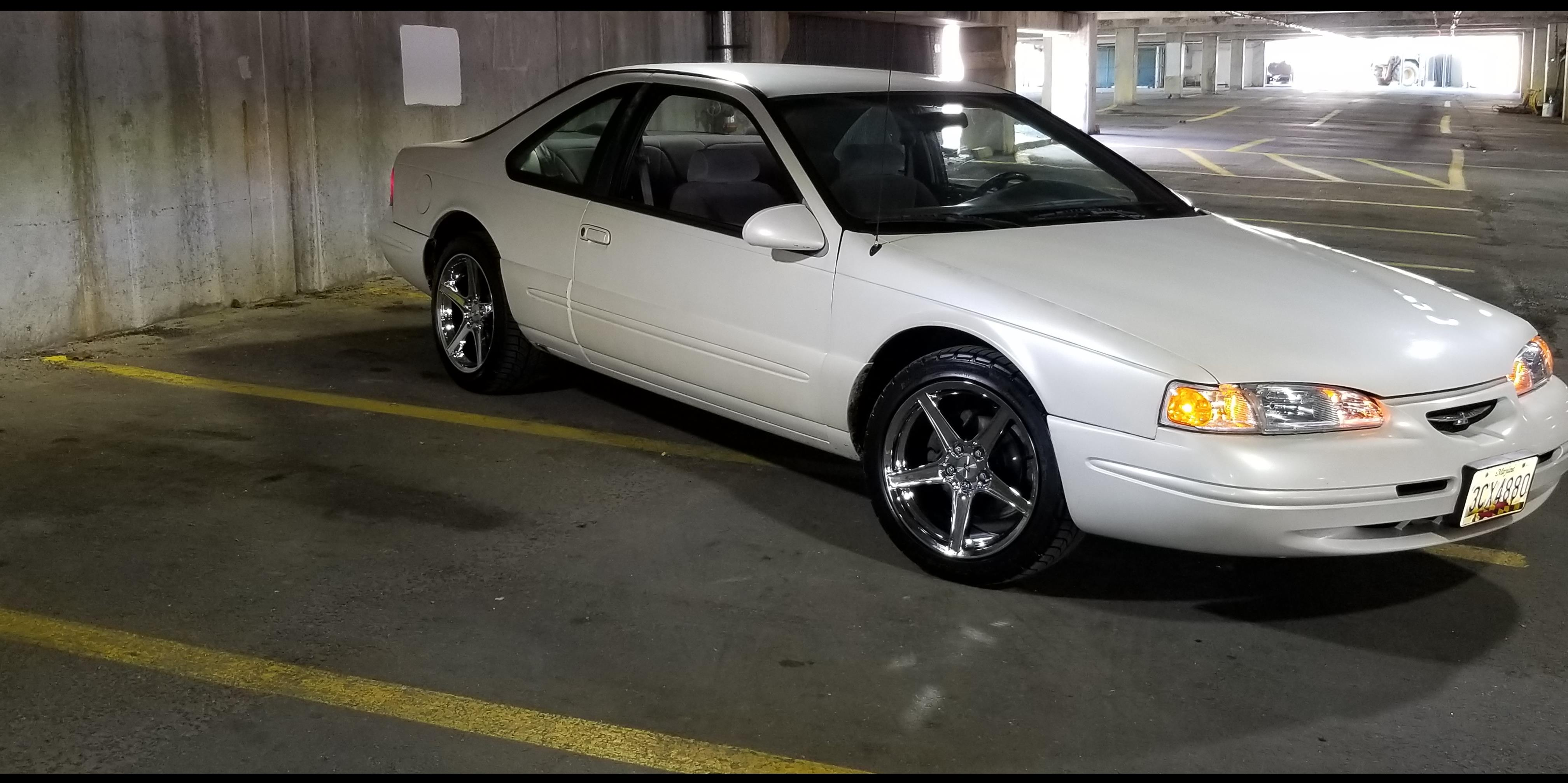 WilliamsT1221 1996 Ford Thunderbird
