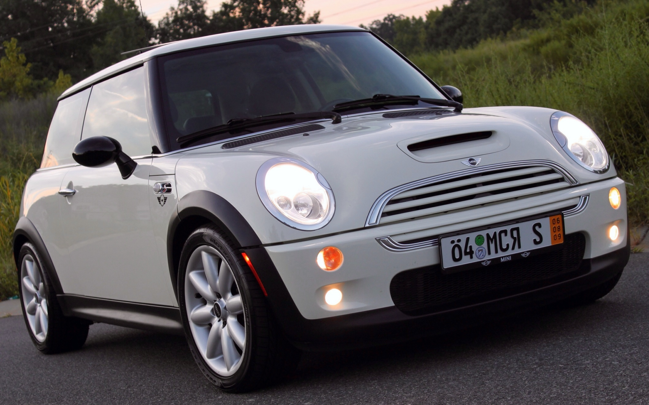 holymini 39 s 2004 mini cooper in tallahassee fl. Black Bedroom Furniture Sets. Home Design Ideas