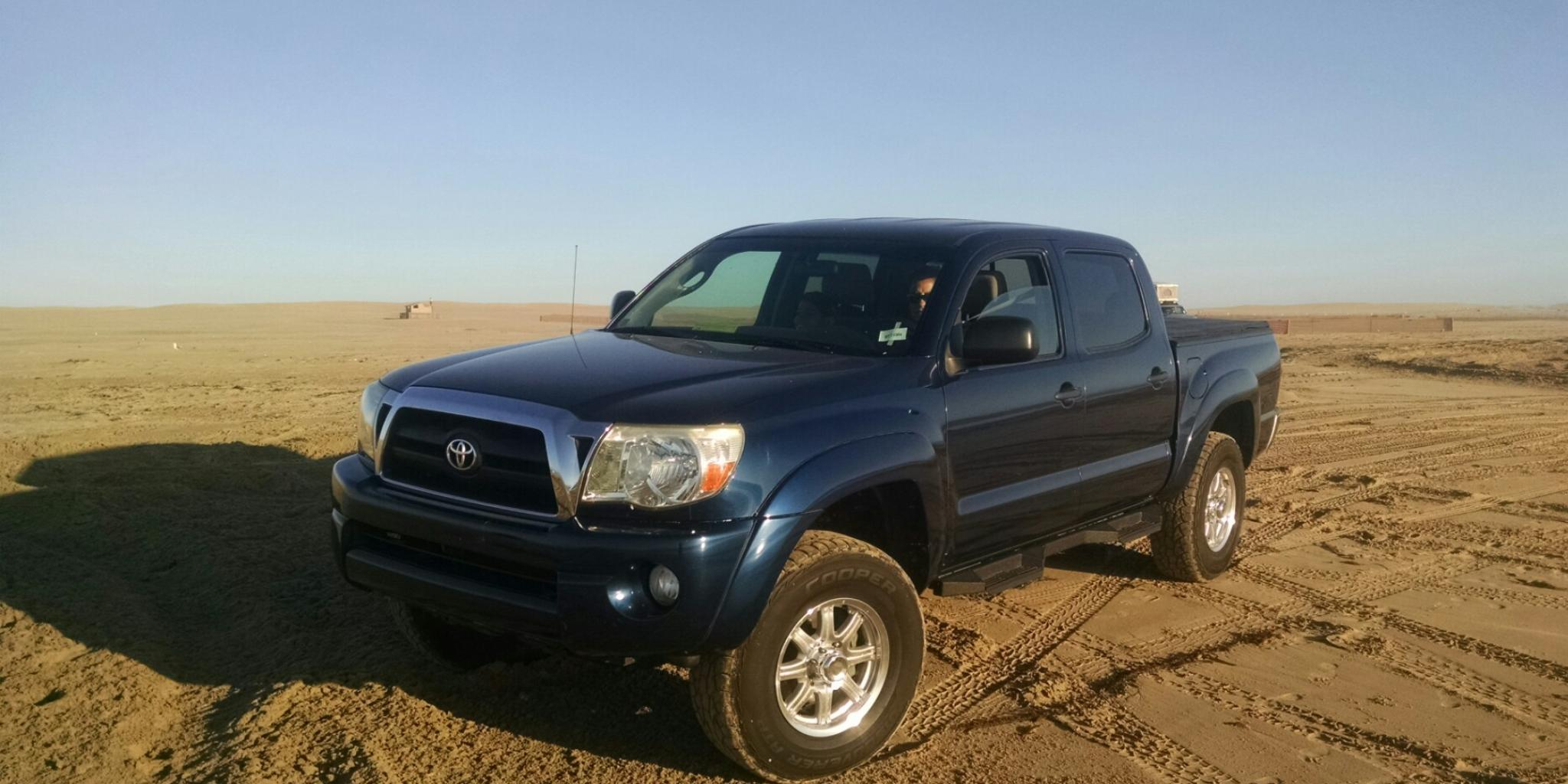 jeebar 39 s 2005 toyota tacoma double cab 4wd 4d in. Black Bedroom Furniture Sets. Home Design Ideas