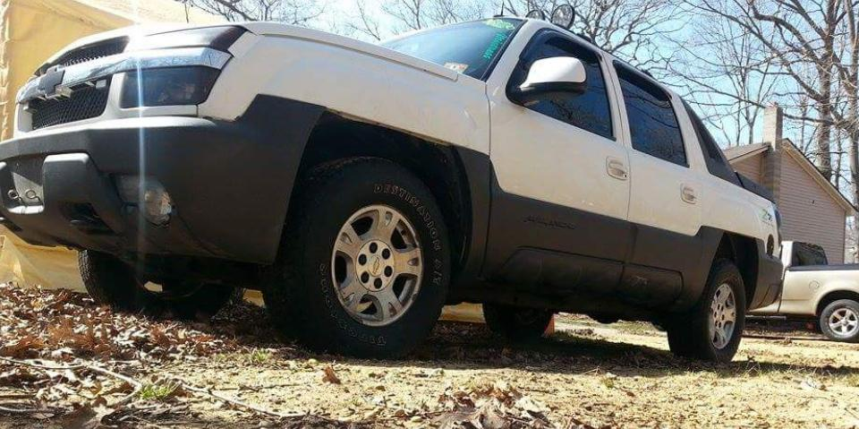 Trouble(; 2003 Chevrolet Avalanche