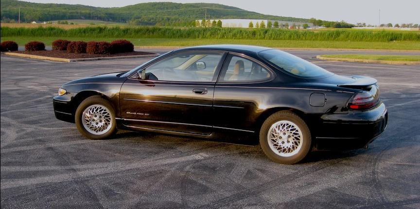 michaelb721 39 s 1998 pontiac grand prix gt coupe 2d in gettysburg pa. Black Bedroom Furniture Sets. Home Design Ideas