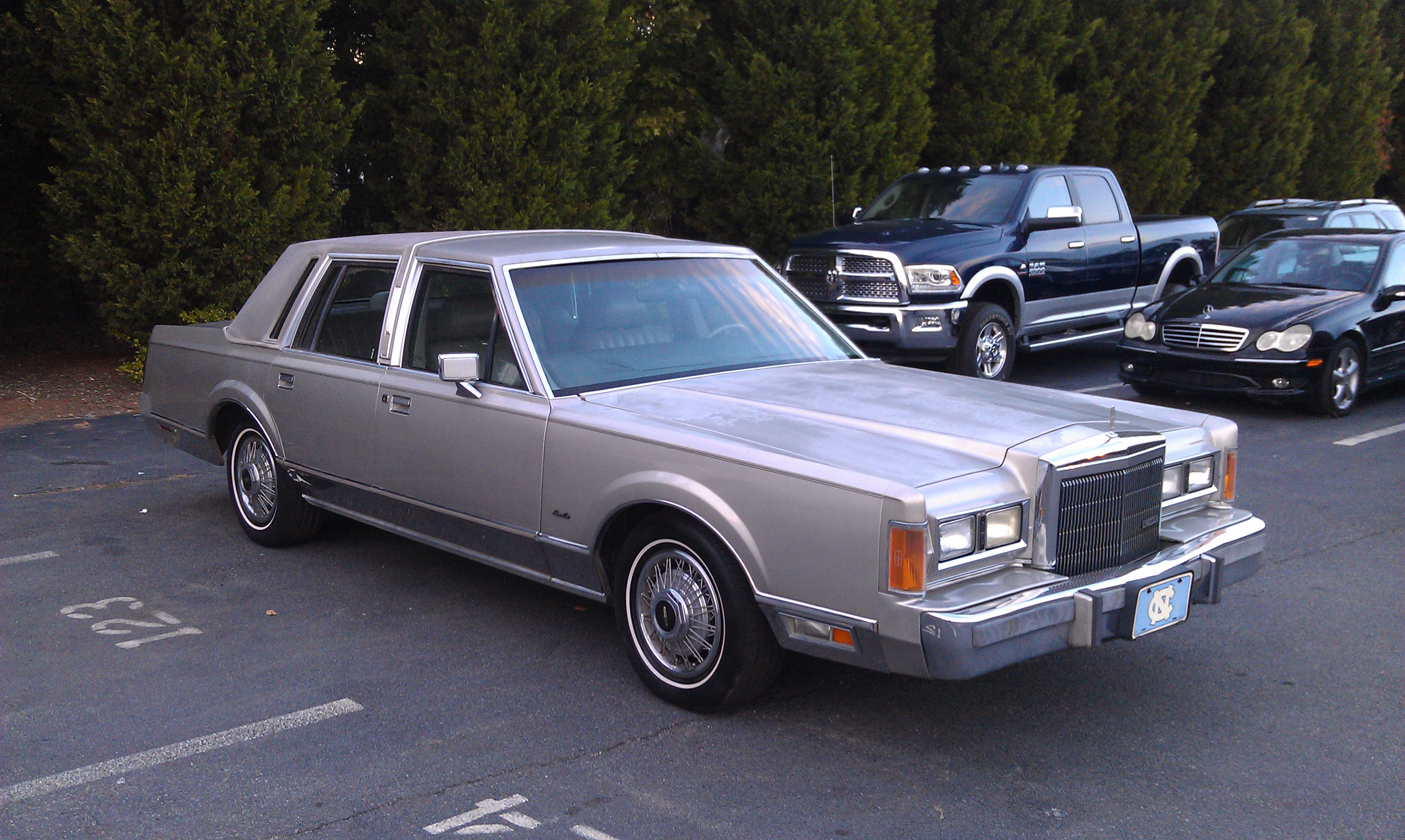Lincolnlarry 1989 Lincoln Town Car Specs Photos