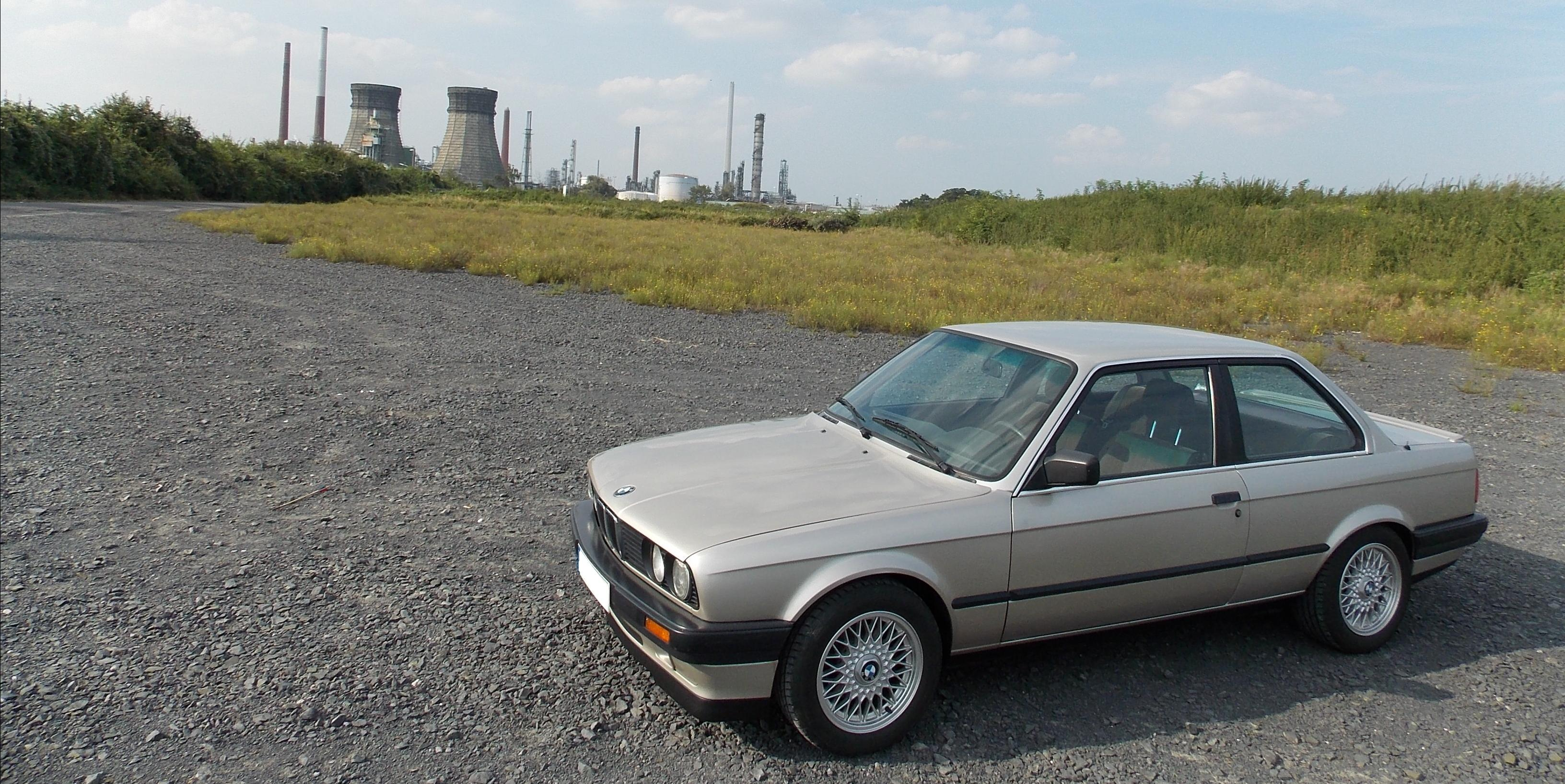 variabel 1989 BMW 3-Series