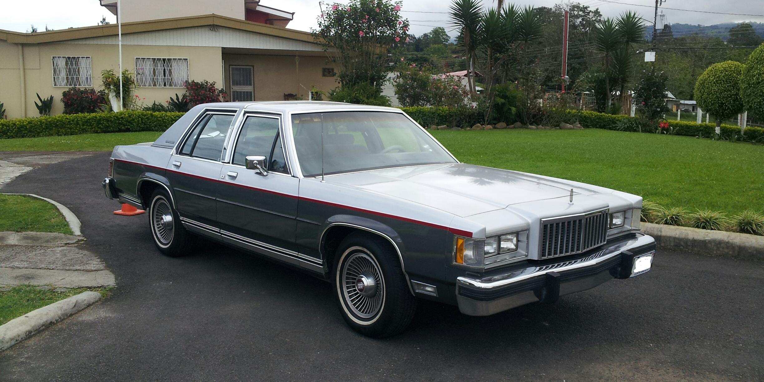 Mercury Grand Marquis's 1987 Mercury Grand-Marquis