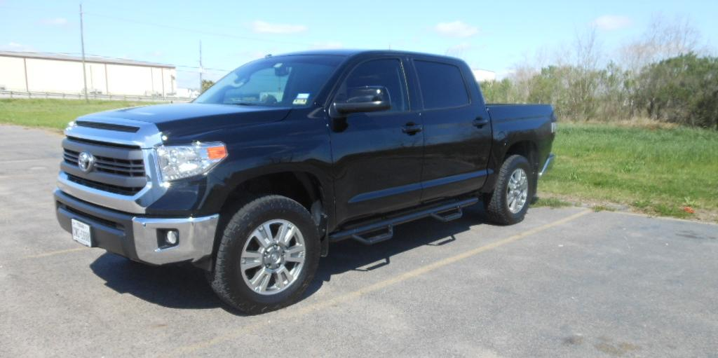 Red Rising 2014 Toyota Tundra-CrewMax