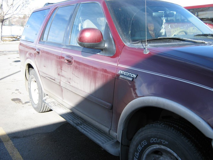 WallytheHick 1997 Ford Expedition