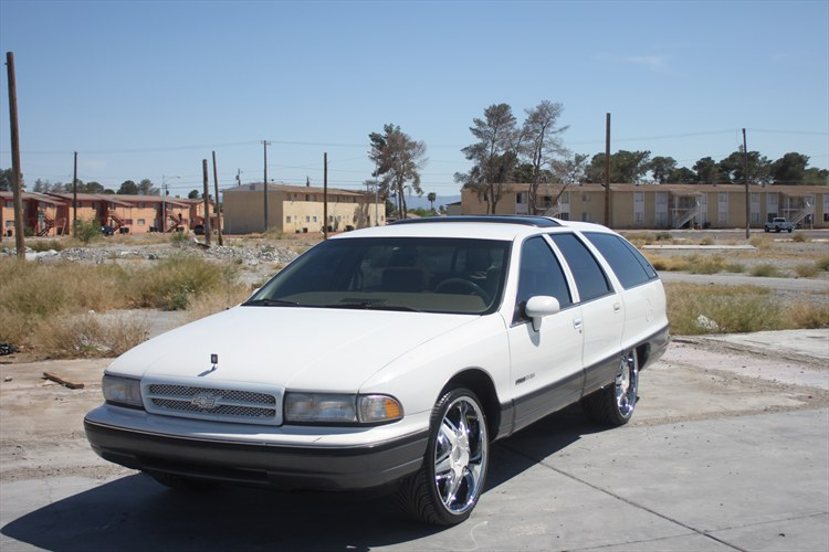 ArmaineDickerson 1991 Oldsmobile Custom Cruiser