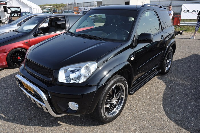 dutchrav4 2004 toyota rav4 specs photos modification info at cardomain. Black Bedroom Furniture Sets. Home Design Ideas