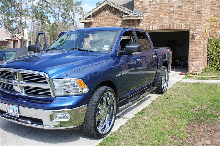lone86 2010 dodge ram 1500 crew cab specs photos modification info at cardomain. Black Bedroom Furniture Sets. Home Design Ideas