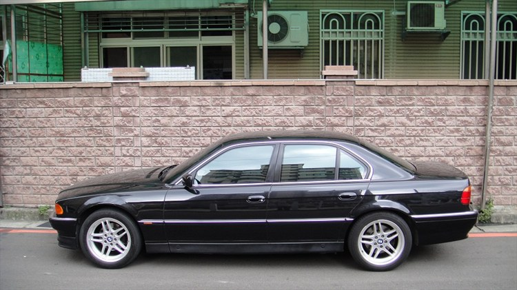 matchbox k 1997 bmw 7 series740i sedan 4d specs photos. Black Bedroom Furniture Sets. Home Design Ideas