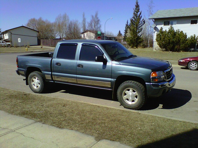 saskgirlcountry 2006 gmc sierra 1500 crew cab specs photos modification info at cardomain. Black Bedroom Furniture Sets. Home Design Ideas