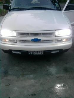 Carlos350 2003 Chevrolet S10 Extended Cab