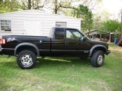 lectrocrew 2003 Chevrolet S10 Extended Cab