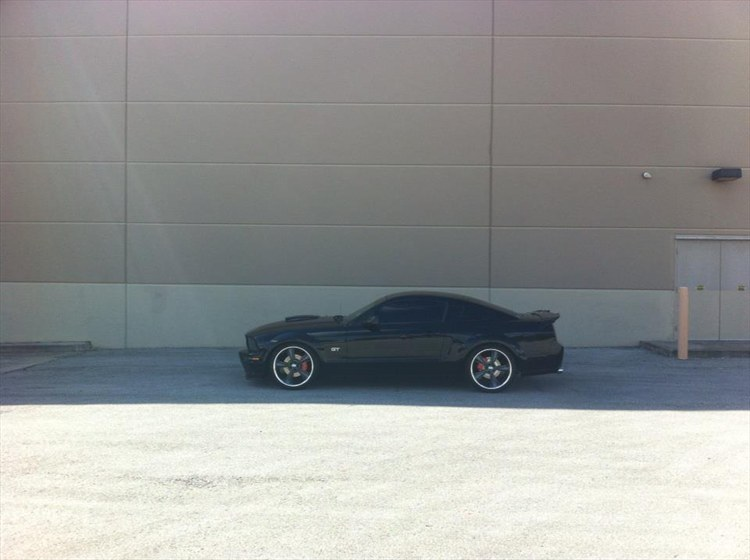 Another EvulOmen 2007 Ford Mustang post... - 15990171