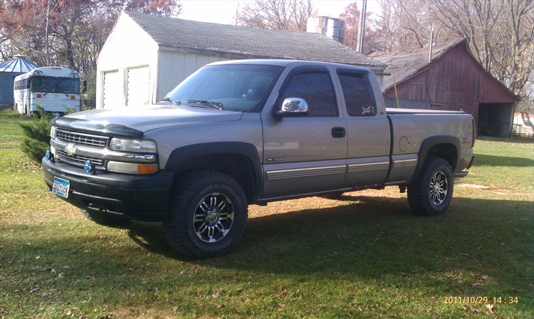 Mnsoldier21j 1999 Chevrolet Silverado 1500 Extended Cabshort Bed