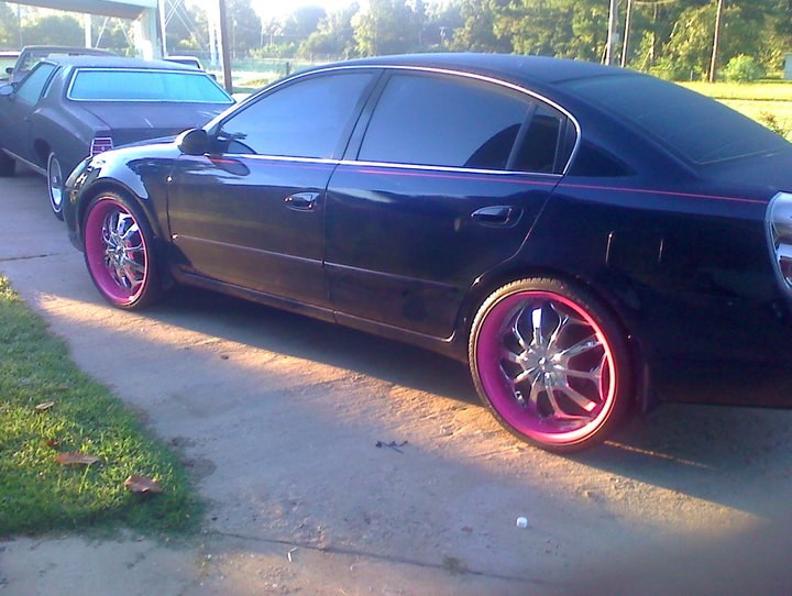 Pinkbeauty2006 2005 nissan altima2 5 s sedan 4d specs photos modification info at cardomain 2005 nissan altima custom interior